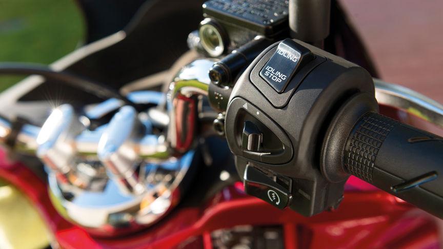 Start-Stop Honda PCX alquiler moto Ibiza