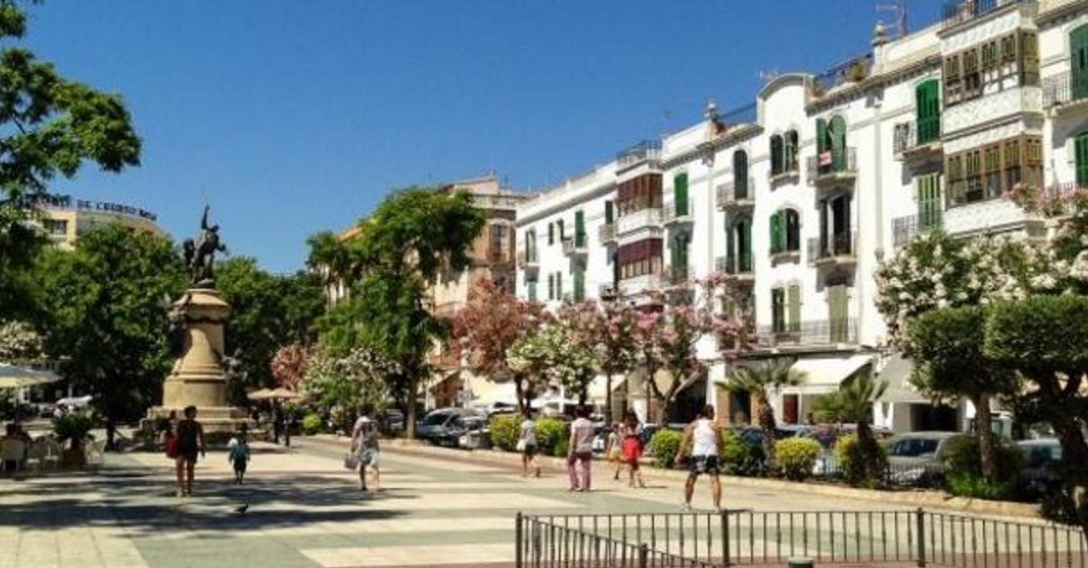 Barrio ensanche ibiza tour rent a car Ibiza