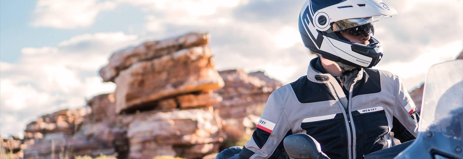 casco Shuberth alquiler moto Ibiza