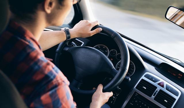 consejos conduccion con verano rent a car Ibiza