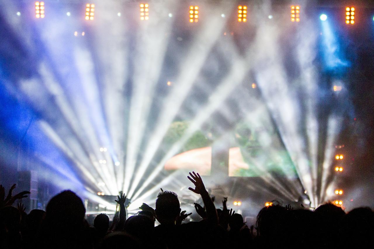 Visitar discotecas Ibiza rent a car Ibiza