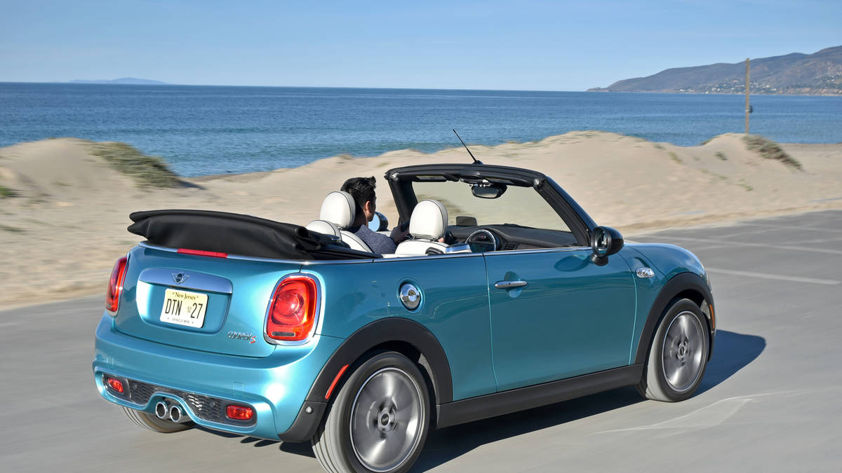 alquiler mini Cooper descapotable Ibiza