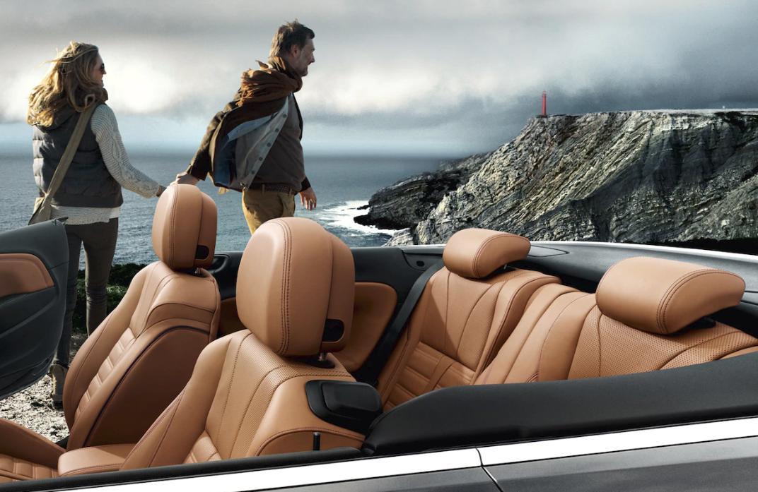 Opel cascada interior alquiler coche descapotable Ibiza
